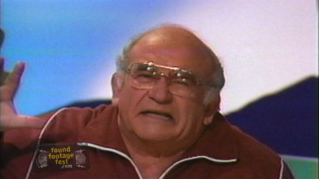 Ed Asner Hates Dogs